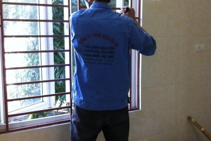 IMG 0521 1 720x480 Dịch vụ lau dọn nhà cửa, vệ sinh công nghiệp tại Vinh 0911462682